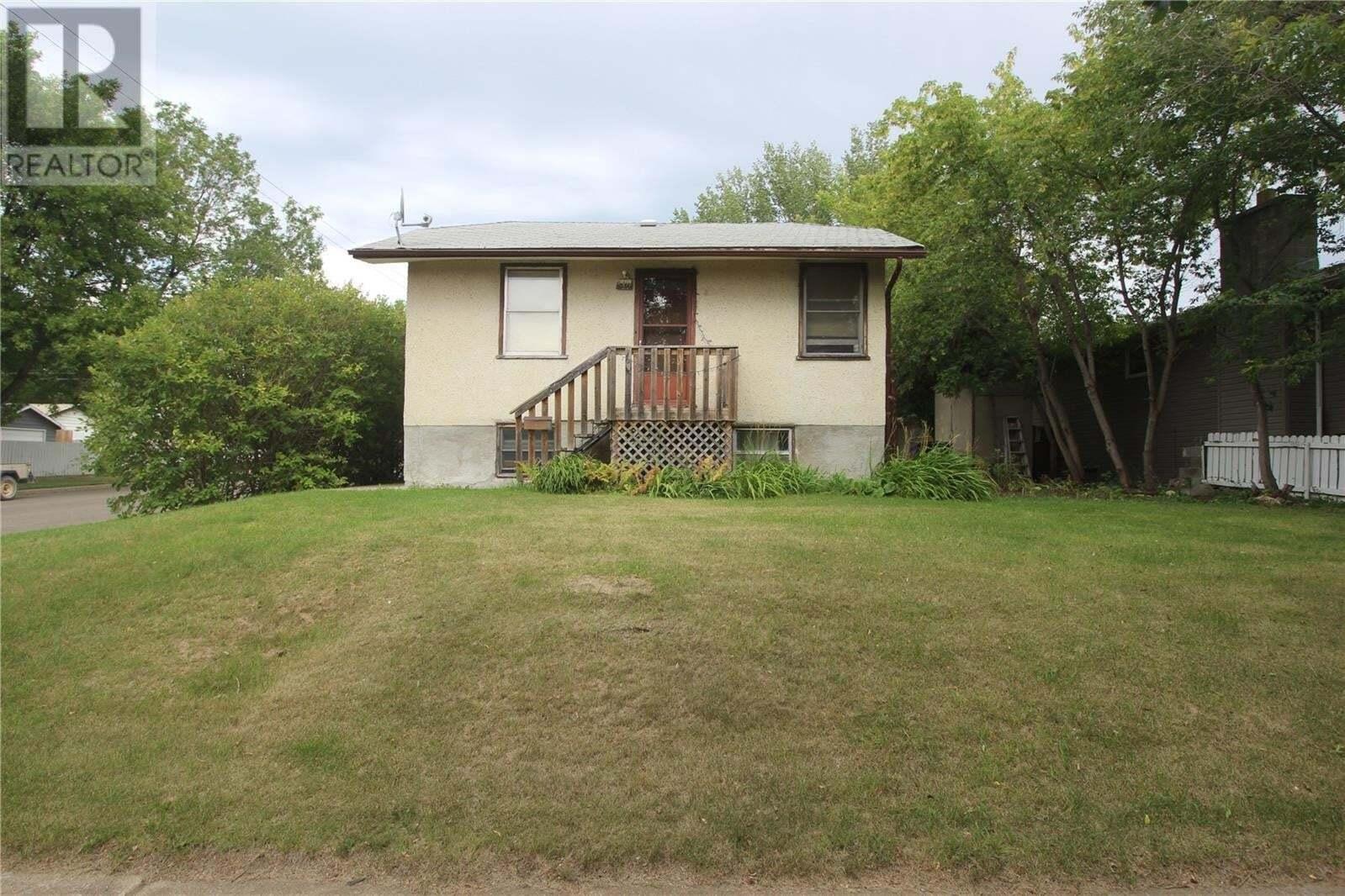 House for sale at 1540 H Ave N Saskatoon Saskatchewan - MLS: SK821962