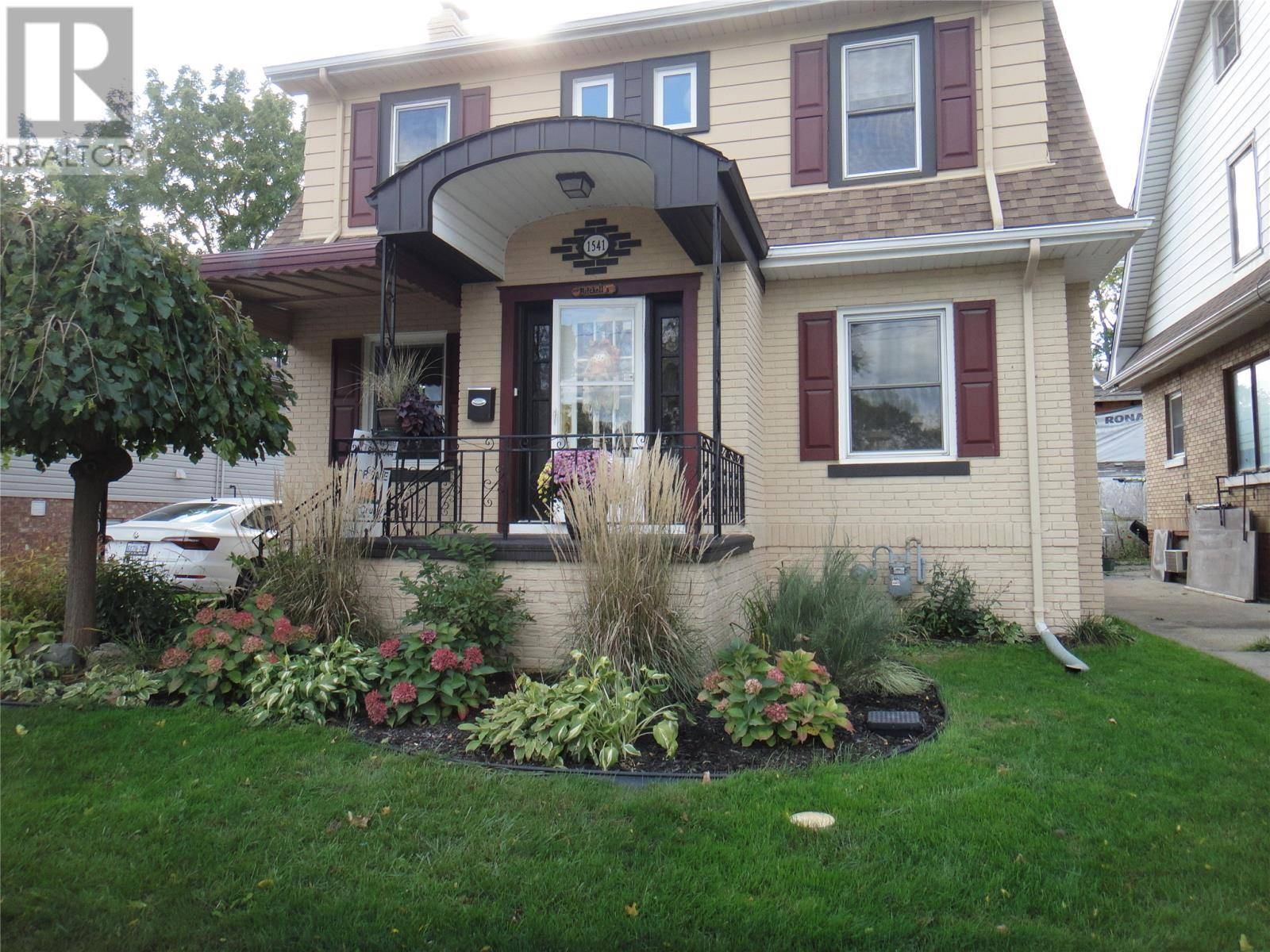 House for sale at 1541 Pillette Rd Windsor Ontario - MLS: 19027316