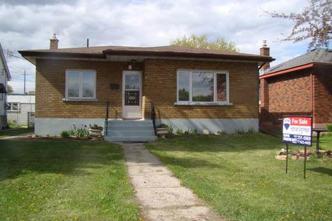 House for sale at 1543 Victoria Ave E Thunder Bay Ontario - MLS: TB191636