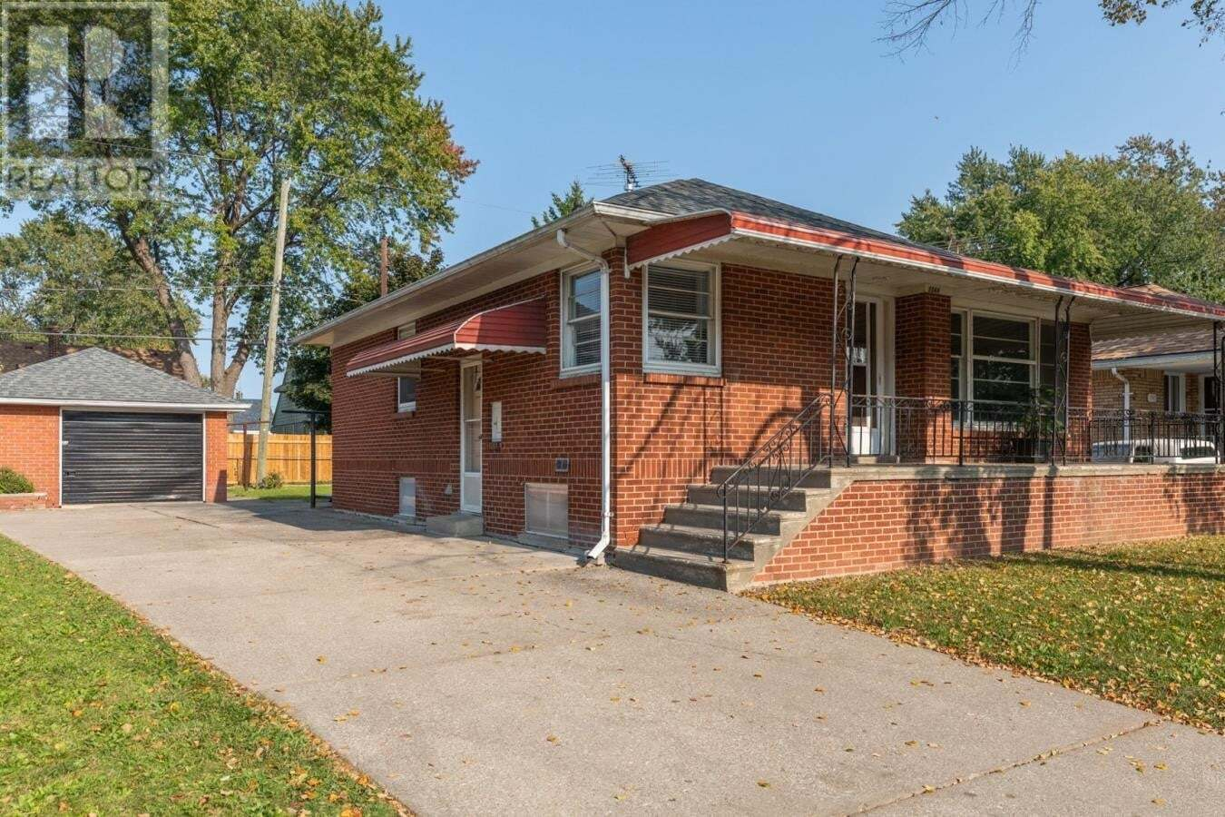 House for sale at 1544 Pillette Rd Windsor Ontario - MLS: 20012876