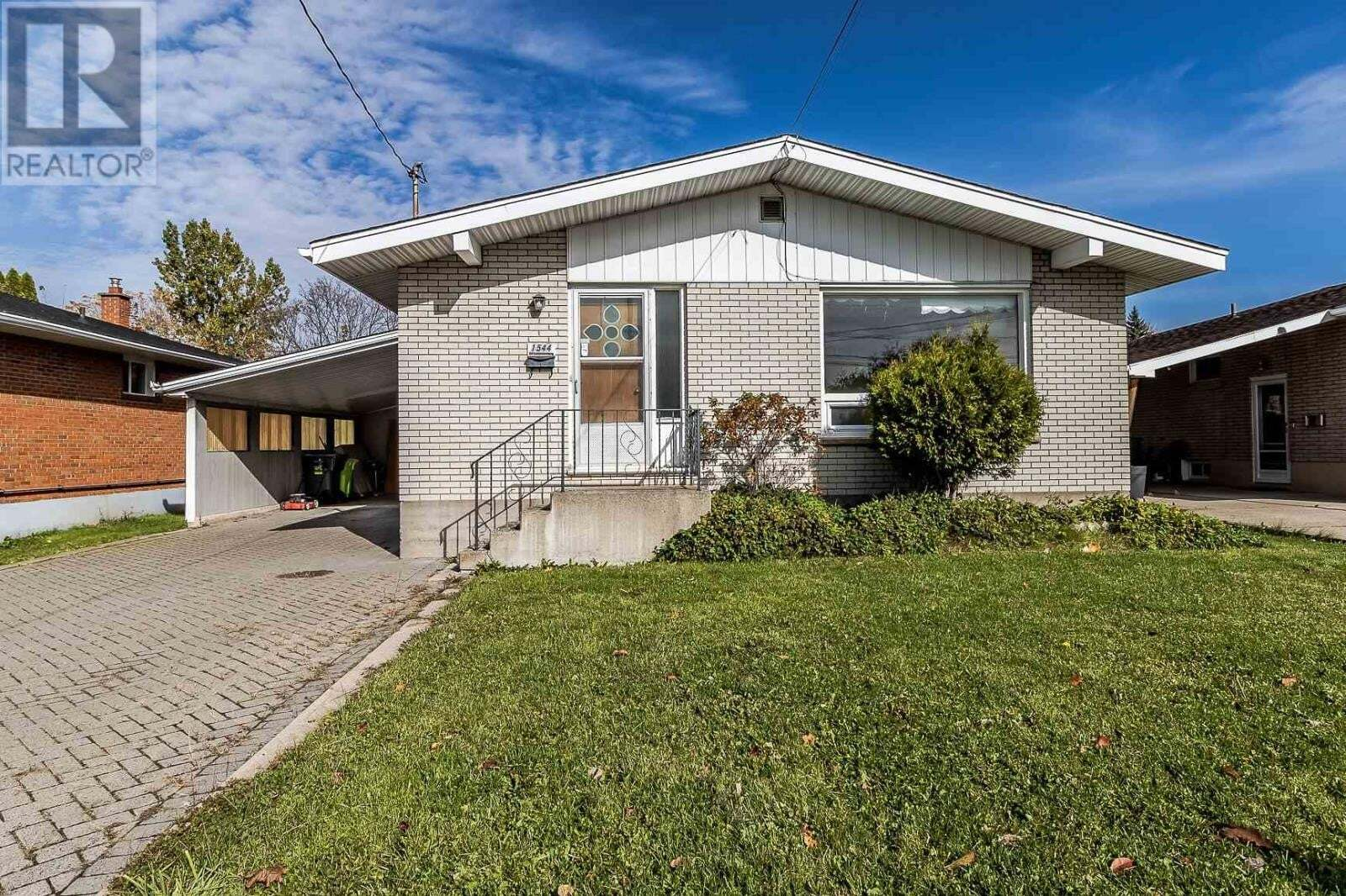 House for sale at 1544 Wellington St E Sault Ste. Marie Ontario - MLS: SM130053
