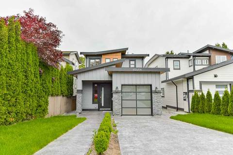 House for sale at 15458 Russell Ave White Rock British Columbia - MLS: R2372181