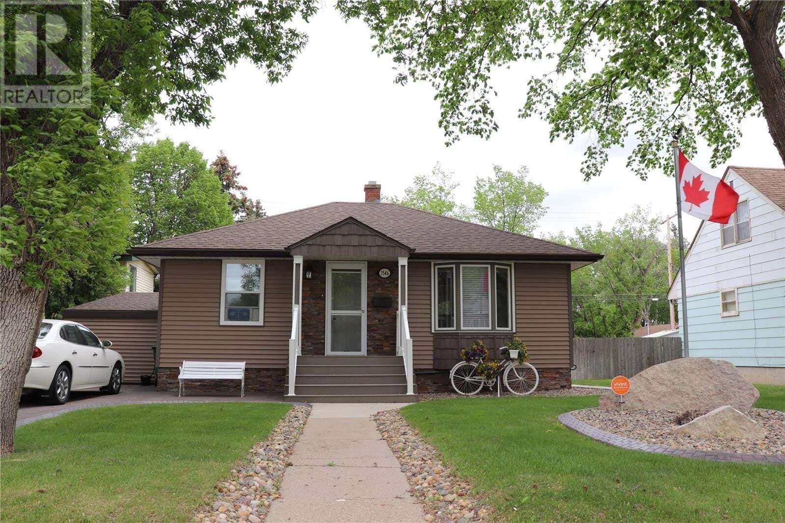 House for sale at 1546 10th Ave N Saskatoon Saskatchewan - MLS: SK817356