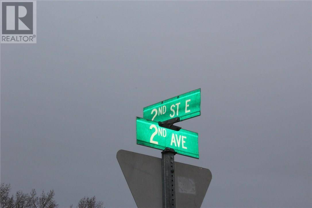 155 - 179 2nd Avenue E, Shaunavon | Image 2