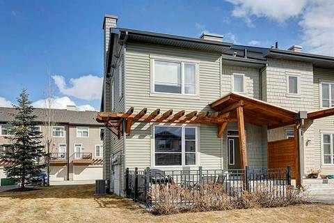 Townhouse for sale at 155 Chapalina Sq Southeast Calgary Alberta - MLS: C4236074