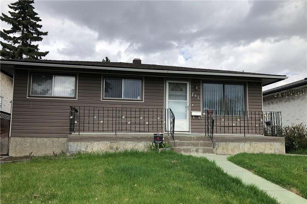 House for sale at 155 Dovercliffe Wy SE Dover, Calgary Alberta - MLS: C4296248