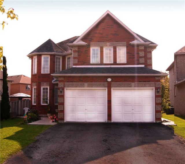 For Sale: 1552 Nipissing Court, Pickering, ON | 4 Bed, 5 Bath House for $859,000. See 10 photos!