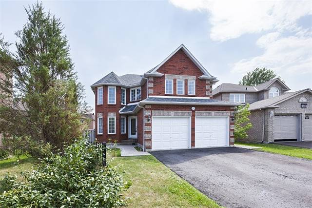 For Sale: 1552 Nipissing Court, Pickering, ON | 4 Bed, 5 Bath House for $799,999. See 20 photos!