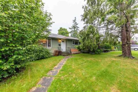 House for sale at 15526 17a Ave Surrey British Columbia - MLS: R2458429