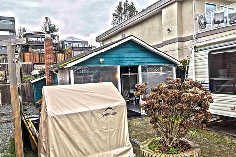House for sale at 15527 Victoria Ave White Rock British Columbia - MLS: R2425897