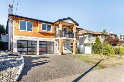 House for sale at 15531 Buena Vista Ave White Rock British Columbia - MLS: R2493424