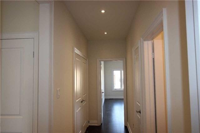 For Sale: 1556 Farrow Crescent, Innisfil, ON   2 Bed, 2 Bath House for $599,000. See 13 photos!