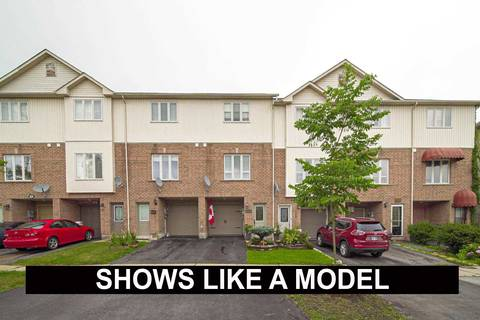 Townhouse for sale at 1557 Hummingbird Ct Pickering Ontario - MLS: E4581913