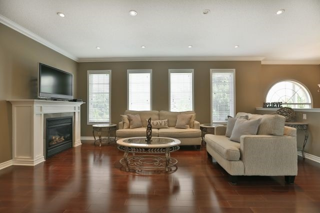 For Sale: 1559 Sandpiper Road, Oakville, ON | 2 Bed, 3 Bath House for $939,900. See 20 photos!