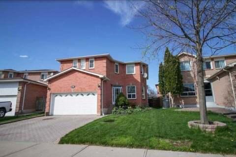 House for sale at 156 Atkins Circ Brampton Ontario - MLS: W4781449