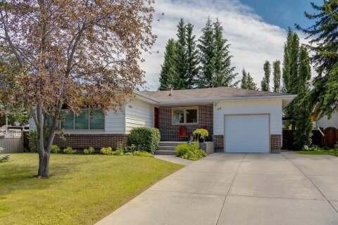 House for sale at 156 Cherovan Dr Southwest Calgary Alberta - MLS: C4306207