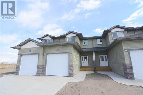 Townhouse for sale at 156 Hampton Cs Penhold Alberta - MLS: ca0153396
