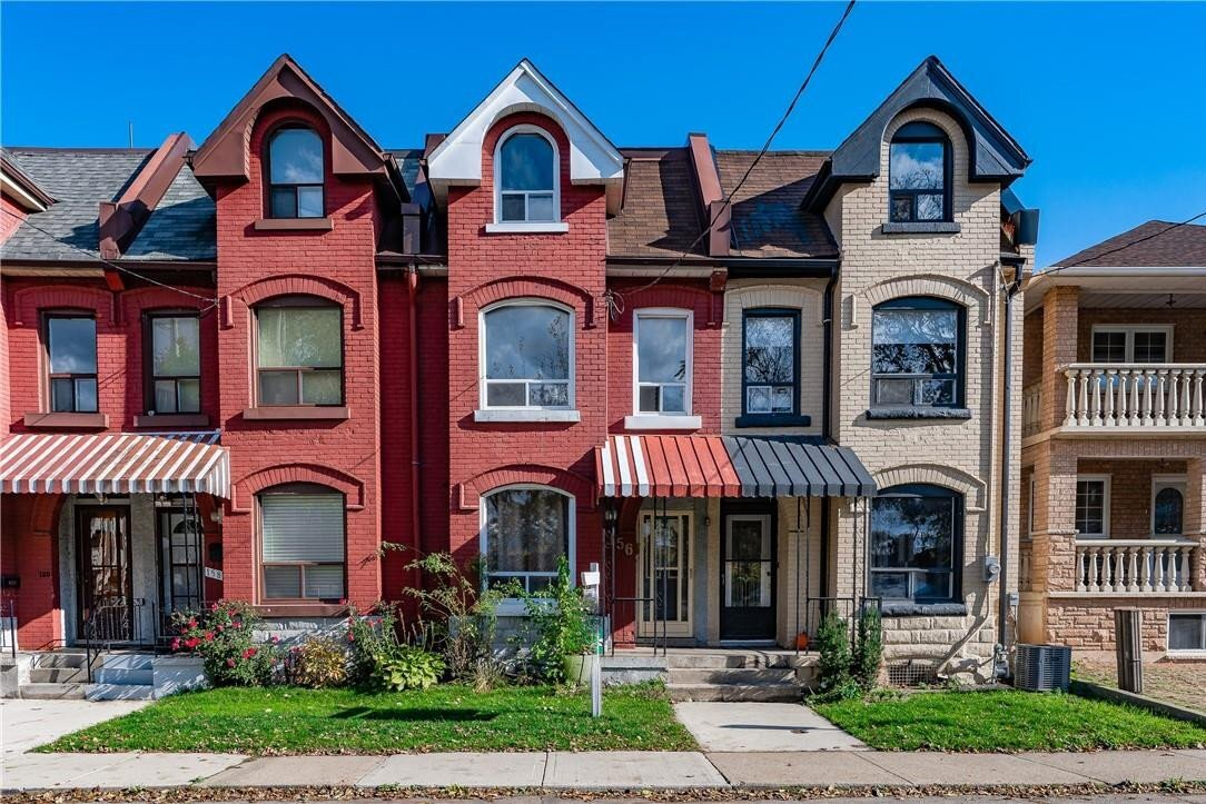 Townhouse for sale at 156 Park St Hamilton Ontario - MLS: H4091733