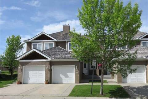 Townhouse for sale at 156 Royal Manr NW Calgary Alberta - MLS: C4303246
