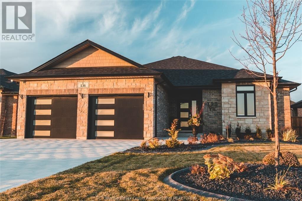 House for sale at 156 Whelan  Amherstburg Ontario - MLS: 20015615