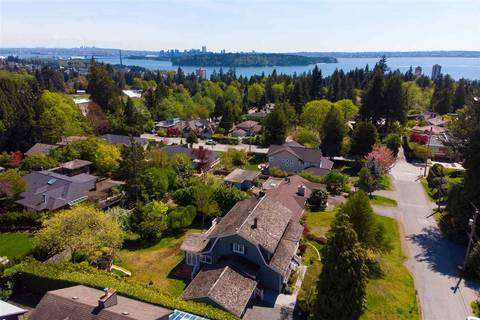 House for sale at 1560 19th St West Vancouver British Columbia - MLS: R2367339