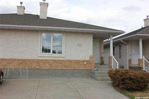 Townhouse for sale at 1560 Wascana Villa Rd Regina Saskatchewan - MLS: SK799266
