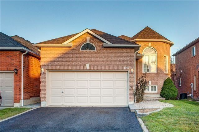 Sold: 1562 Garland Crescent, Pickering, ON