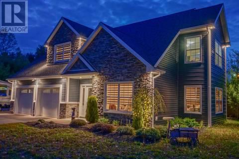 House for sale at 1563 Sarah Dr Coldbrook Nova Scotia - MLS: 201912438
