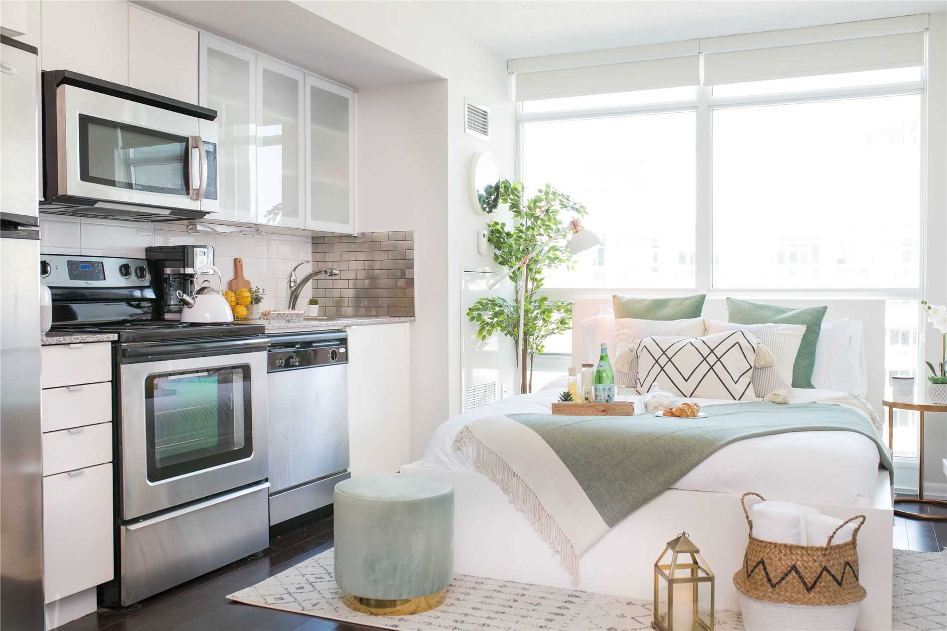 For Sale: 1564 - 209 Fort York Boulevard, Toronto, ON | 0 Bed, 1 Bath Condo for $399900.00. See 12 photos!