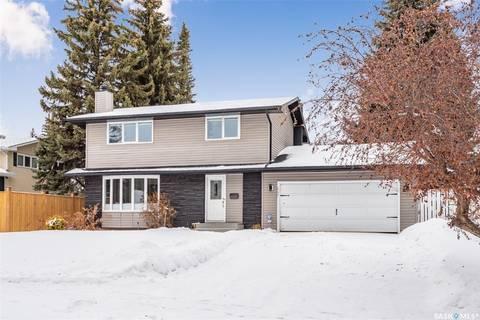 House for sale at 157 Columbia Dr Saskatoon Saskatchewan - MLS: SK800985
