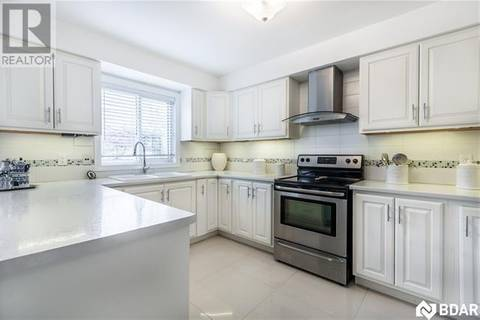 157 Esther Drive, Barrie | Image 2