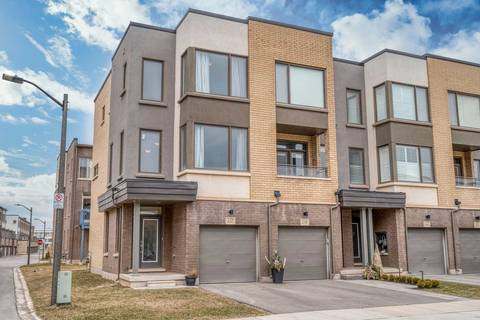 Townhouse for sale at 157 Hugeunot Rd Oakville Ontario - MLS: W4728090