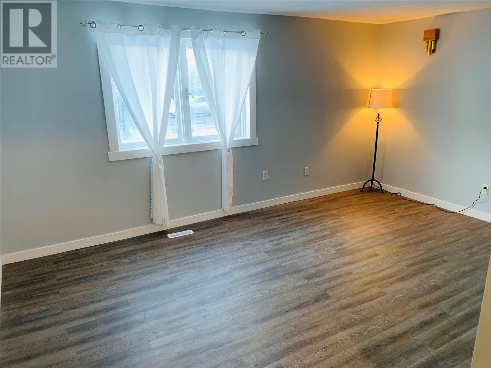 House for sale at 157 John St N Regina Saskatchewan - MLS: SK798507