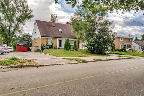 Townhouse for sale at 157 Penetang St Barrie Ontario - MLS: S4914111