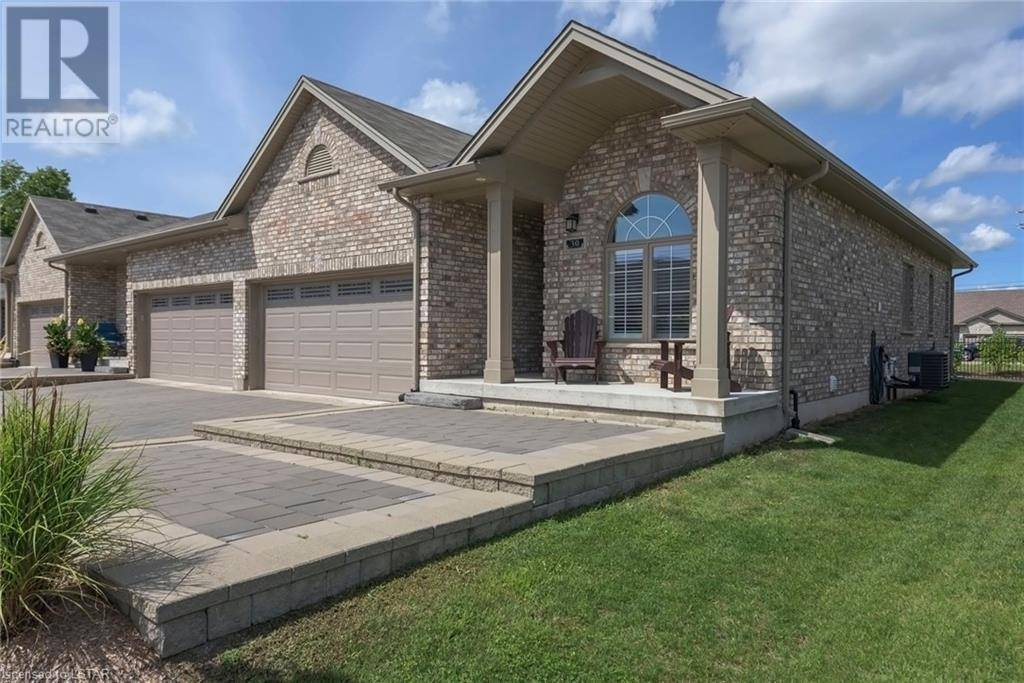Townhouse for sale at 30 Coronation Dr Unit 1571 London Ontario - MLS: 218393