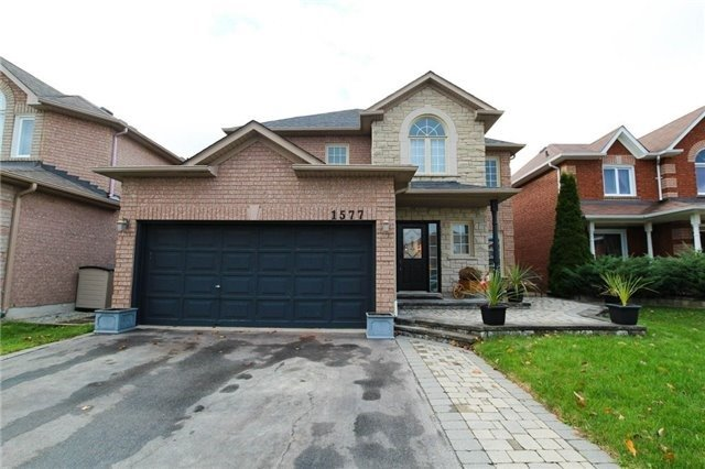 For Sale: 1577 Seguin Square, Pickering, ON | 4 Bed, 3 Bath House for $830,000. See 20 photos!
