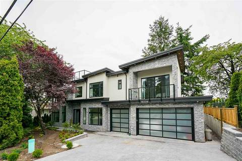 House for sale at 15776 Thrift Ave White Rock British Columbia - MLS: R2377736