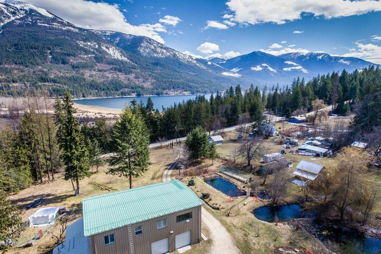 Townhouse for sale at 15785 Peters Road  Crawford Bay British Columbia - MLS: 2451448
