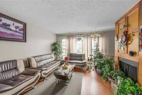 Townhouse for sale at 158 Castlebrook Ri Northeast Calgary Alberta - MLS: C4238289