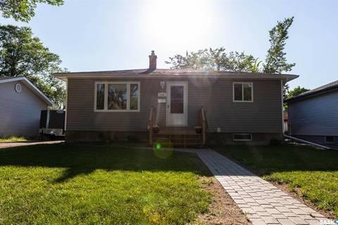 House for sale at 158 Montreal St N Regina Saskatchewan - MLS: SK796246