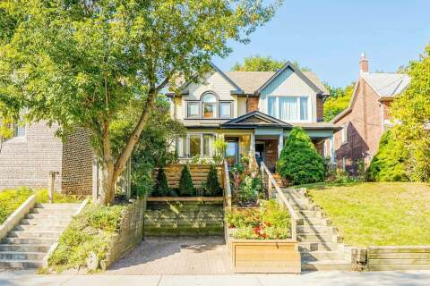 Townhouse for sale at 158 Wineva Ave Toronto Ontario - MLS: E4929671