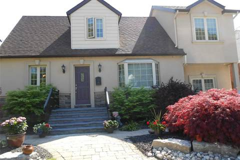 House for sale at 1580 Applewood Rd Mississauga Ontario - MLS: W4478209