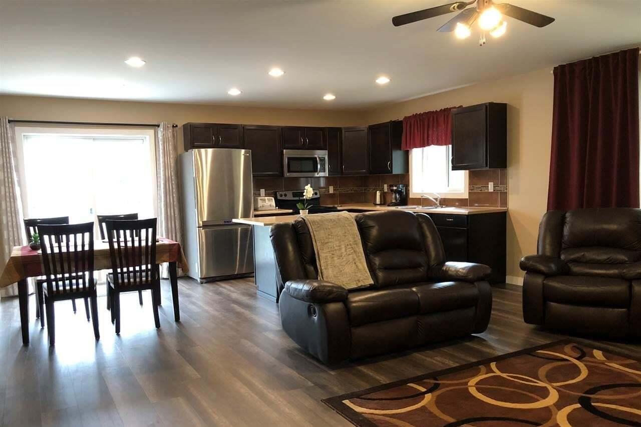 Townhouse for sale at 15805 104 Av NW Edmonton Alberta - MLS: E4201098