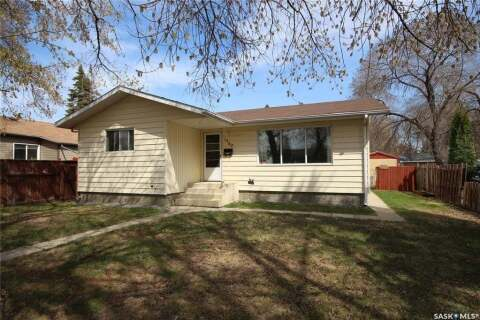 House for sale at 1582 104th St North Battleford Saskatchewan - MLS: SK808301