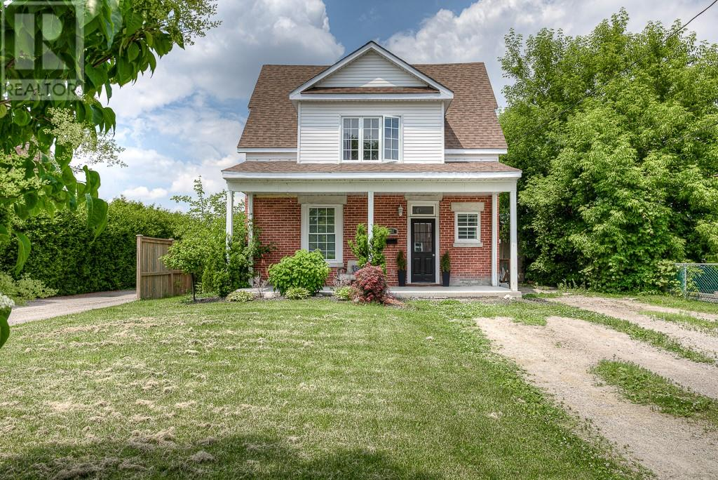 Removed: 1582 Caledonia Street, London, ON - Removed on 2019-06-30 17:15:09