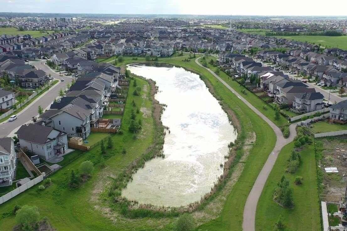 House for sale at 15827 11 Av SW Edmonton Alberta - MLS: E4213523