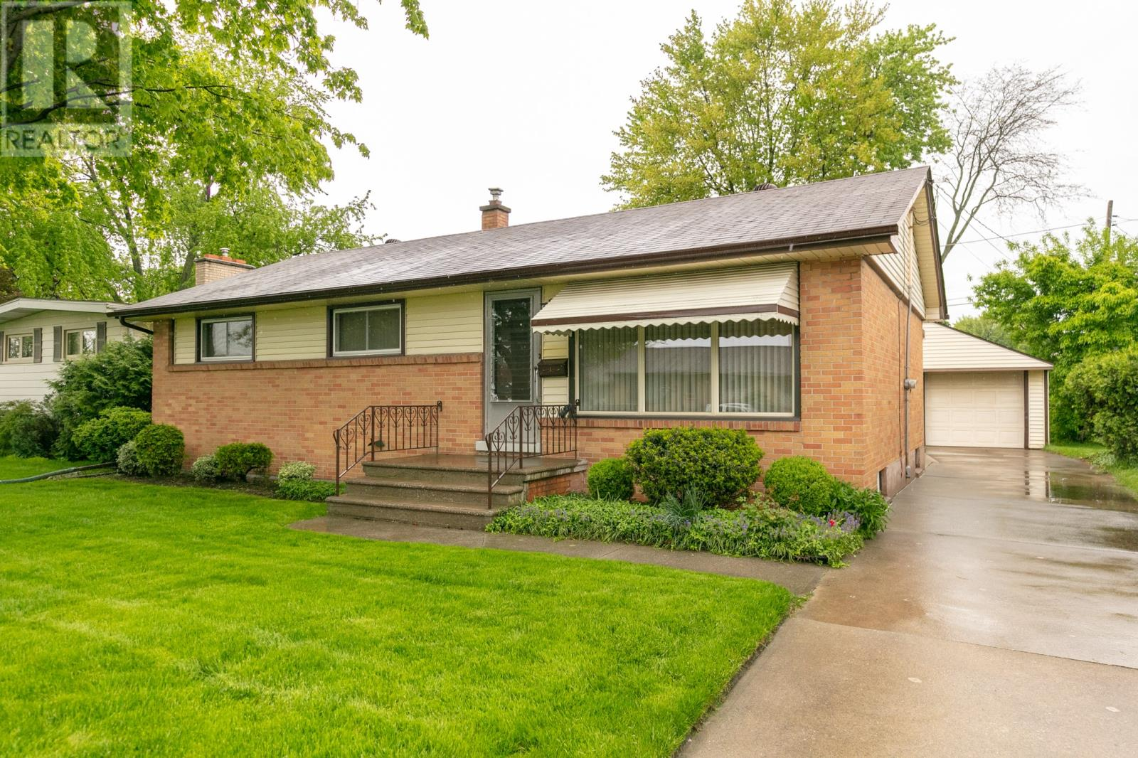 Removed: 1588 Cherrylawn Crescent, Windsor, ON - Removed on 2019-05-31 07:21:09