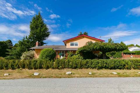 House for sale at 15881 Russell Ave White Rock British Columbia - MLS: R2354873