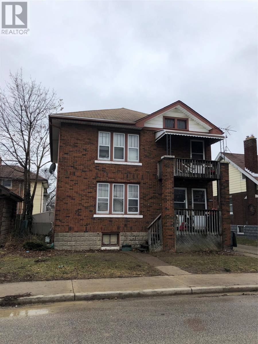 Townhouse for sale at 1589 Goyeau  Windsor Ontario - MLS: 20002327