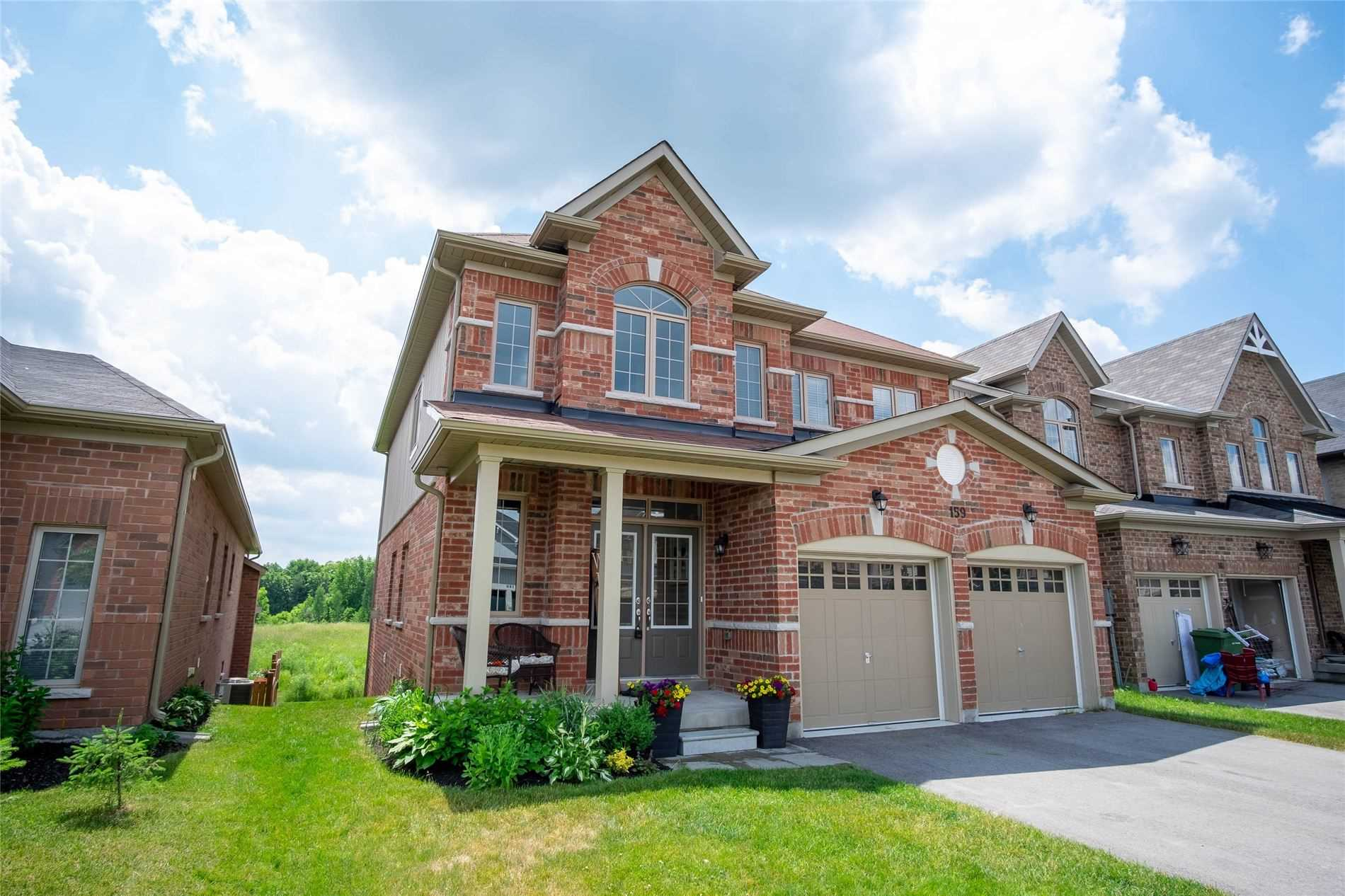 For Sale: 159 Gold Park Gate, Essa, ON | 4 Bed, 3 Bath House for $724900.00. See 20 photos!